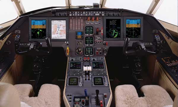 Rockwell Collins Pro Line 21™ avionics retrofit receives EASA certification for Falcon 2000 and 2000EX