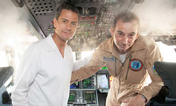 President of Mexico visits Airbus A400M