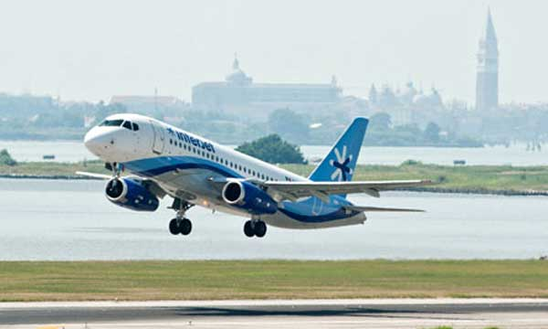 The Sukhoi Superjet 100 Achieves Certification for CAT IIIа ICAO