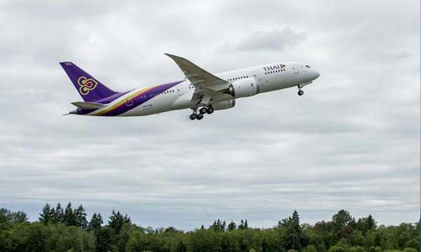 THAI's First 787-8 Dreamliner Takes Off for Bangkok