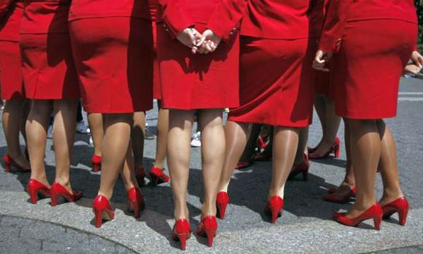 Virgin America airline flight attendants vote to approve union