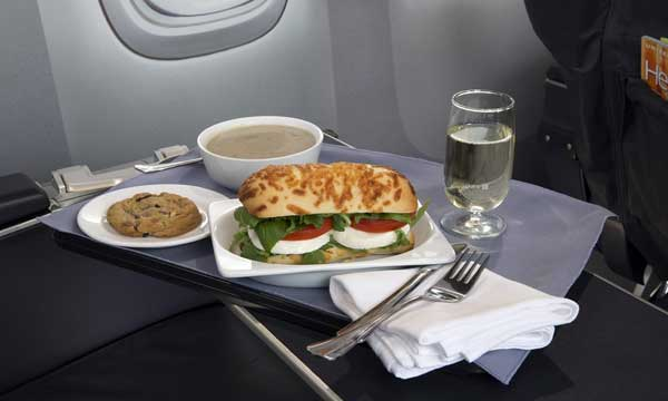 United Airlines Makes Significant New Investment in In-flight Food and Beverage Service