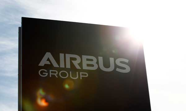 Airbus hits 1,001 orders this year, net sales lag Boeing