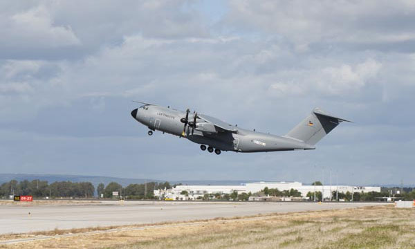 First German A400M completes maident flight
