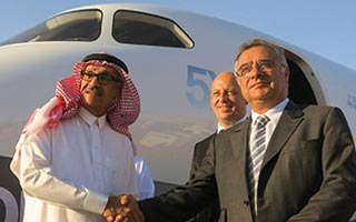 Dassault Aviation and Wallan Aviation Extend Relationship with New Falcon 5X Agreement