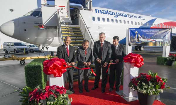 Boeing, Malaysia Airlines Celebrate 100th 737 delivery