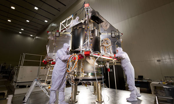 Lockheed Martin Begins Final Assembly of NASA's OSIRIS-REx Spacecraft