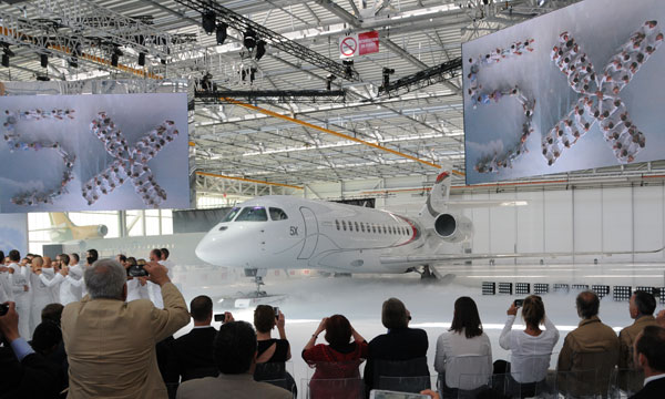 Dassault Aviation rolls out first Falcon 5X